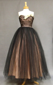 Stunning Pink & Black Tulle Strapless 1950's Ball Gown w/ Wrap