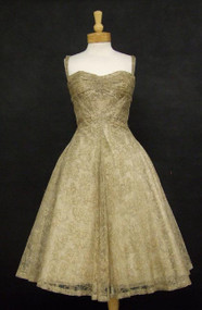EXQUISITE Madame Gr??s Ecru Lace 1950's Cocktail Dress w/ Gold Embroidery