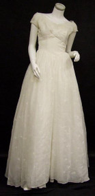 Elegant Will Steinman Embroidered Ivory Voile Wedding Gown