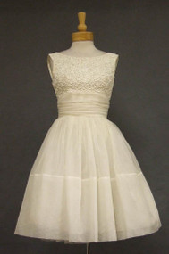 Charming Ribbon Appliqued Ivory Chiffon Cocktail Dress