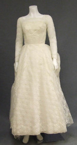 Super Ivory Lace & Chiffon 1960's Wedding Dress w/ Amazing Bustle