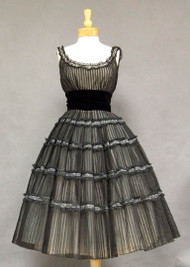 INCREDIBLE Pleated Chiffon & Lace 1950's Cocktail Dress
