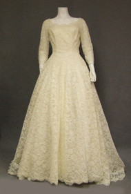 Elegant Ivory Lace Cahill Vintage Wedding Gown