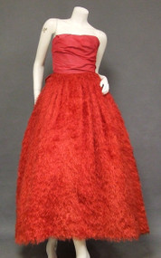 OUTRAGEOUS Hollywood Starlet Red Ballgown