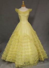 Southern Belle Yellow Tulle 1960's Ball Gown w/ HUGE skirt