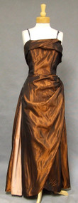 UNBELIEVABLE Copper Taffeta 1950's Bombshell Evening Gown 40