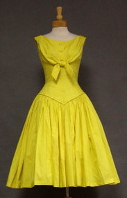 OUTSTANDING Suzy Perette Daffodil Cotton 1950's Day Dress