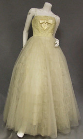 GORGEOUS Yellow Lace & Tulle Strapless 1950's Ball Gown Mollie Stone
