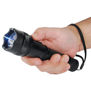 SAFETY TECHNOLOGY 15 MILLION VOLT SHORTY FLASHLIGHT STUN GUN