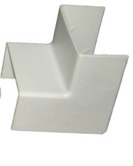 TRUNKING ACCESSORY 15mm Double 90° Internal Corner