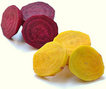 Fresh red and yellow beets