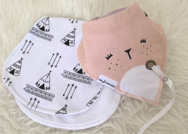 The Stork Box Bib & Burp Cloth Set - Girl