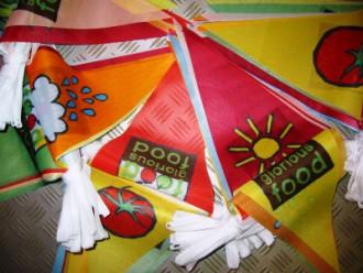 printed-fabric-food-bunting.jpg