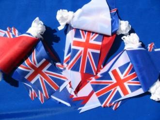 union-jack-fabric-bunting.jpg