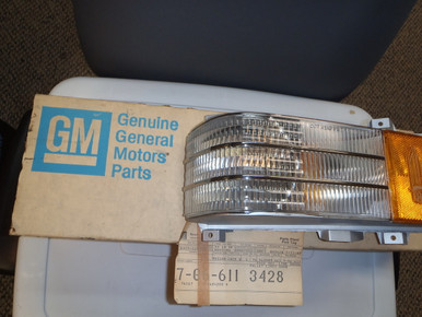1976 Cadillac Deville Corner Lamp assembly LH (5967973)