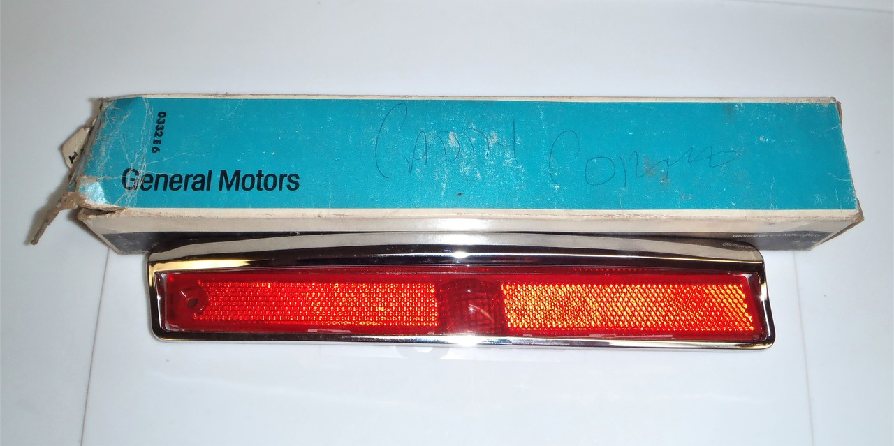 1974 1975 1976 Cadillac NOS Lens 912169