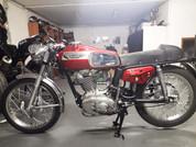 1971 Ducati 450 Desmo Twin Filler