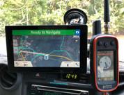 RAM MOUNT- Dual windscreen Drivetrack & Astro/Alpha mounts with GPS slide connection.