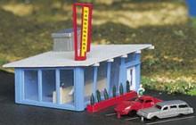 N Scale Bachmann model of a drive-in hamburger stand 45709  OL 1