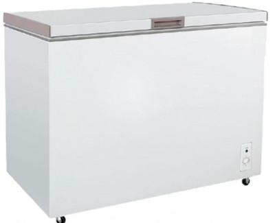 Chest freezer with Solid Top door