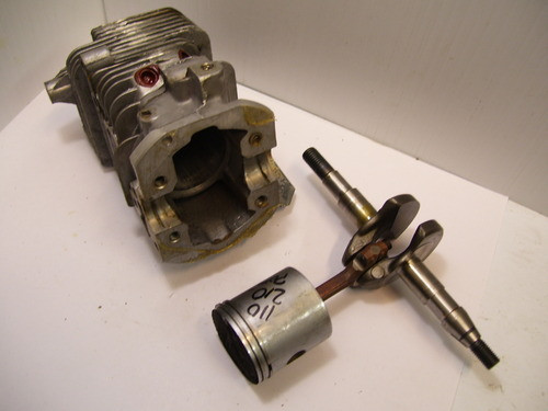 Mcculloch Chainsaw PISTON CYLINDER MAC 110 120 130 140 MINI MAC S EAGER BEAVER 2 0 USED