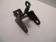 Poulan Chainsaw Late AV handle BRACKET Craftsman 2.0 2300 2350 AV CVA  USED