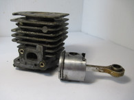Weed eater Poulan Piston Cylinder 530012348 32mm Featherlite Fl series Used