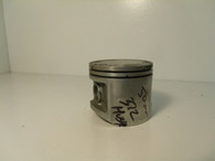 Husqvarna Chainsaw Crankshaft PISTON  372 USED