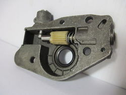 Poulan Craftsman Chainsaw Oil Pump 3 3 305 2700 2800 3000 3300 3 3 Used