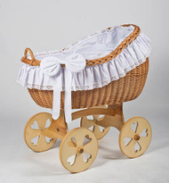 MJ Mark Bianca Uno - Antique White - Heart Wheels - Wicker Crib