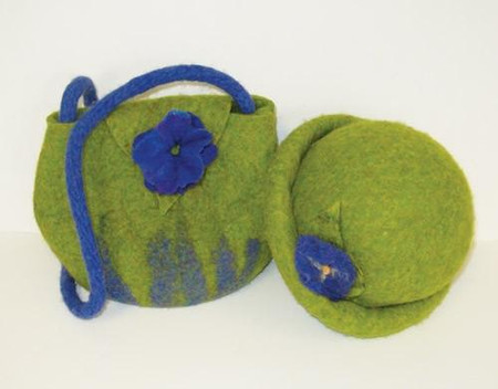 Make a felted wool purse or hat with Harrisville's 100% pure wool fleece.