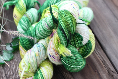 BFL Cashmere Silk 532 - Ring the Blossom Bell