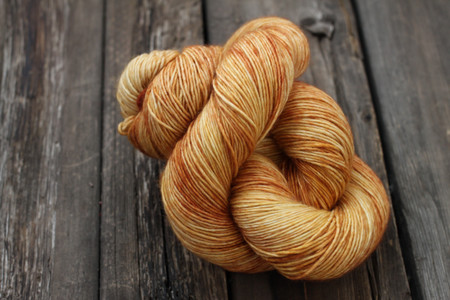 BFL Cashmere Silk - Gold Experience