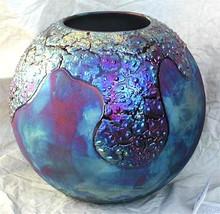 068 - Globe Vase