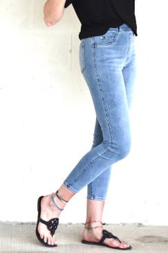 SPANX Ankle Skinny Jeans Light Vintage Wash