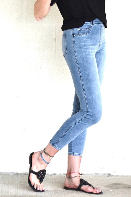 SPANX Ankle Skinny Jeans Light Vintage Wash