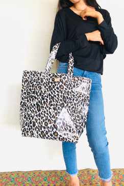 Consuela Grab N Go Basic Mona Brown Leopard
