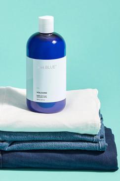 capri Blue Volcano Fabric Softner 24 oz