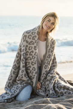 Barefoot Dreams CozyChic® Barefoot in the Wild® Throw Linen Warm Grey