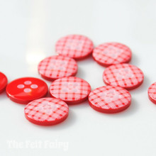 Red Gingham Buttons - 12mm - 10 Buttons