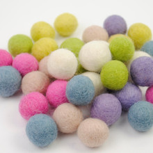 Pastels Felt Ball Collection