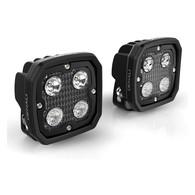El DENALI D4 es una bestia. Es la luz más poderosa de DENALI, 8.750 lúmenes en un par de carcasas de estilo agresivo. La lente híbrida está equipada con dos lentes de inundación elíptica y dos lentes de haz puntual, para crear el patrón híbrido definitivo; que brinda un rango de luz muy amplio a corta distancia. El par de lentes spot incluidos, vienen con un haz de luz masivo de 800 pies y poseen certificación oficial de E-Mark.   La innovadora tecnología DataDim ™ de DENALI, permite que las luces se actualicen en segundos a una intensidad dual al conectar un Plug-N-Play, que cambiará automáticamente las luces entre intensidad media y máxima con el interruptor de luces altas original de tu moto.  Características: Kit completo de luces LED de 9 piezas.  LEDs que generan 8.760 lúmenes por kit. El sistema de lentes de haz múltiple TriOptic ™ incluye una opción de haz Spot, Flood y Hybrid en un kit. Los arcos de luces y arneses equipados con DataDim ™ permiten la conexión plug-n-play al controlador de atenuación DataDim ™ (SKU DNL.WHS.11000)  Arnés premium de powersports con interruptor a prueba de agua y soporte para manillar incluido  DrySeal ™ Sumergible Las cámaras a prueba de agua y los interruptores impermeables pueden soportar los entornos más extremos  Los biseles de policarbonato Impact PC ™ no se agrietarán, no se descolorarán ni corroerán como los biseles de aluminio tradicionales.  LiveActive ™ Thermal Management mantiene los LED fríos y evita que la salida de luz se sobrecaliente  Soporte de montaje de perfil bajo con herrajes de acero inoxidable incluidos  Par adicional de lentes contra inundación E-Mark Approved incluidos  Lentes de ámbar disponibles (se venden por separado) DNL.D4.10100  Especificaciones del kit D4 LED: (8x) 10 vatios Cree XPL HI  Drenaje de energía: 6.6 amperios  Distancia del haz (Spot): 800 pies  Ancho del haz (Spot): 110 pies  Lúmenes sin procesar: 8760  Intensidad: Arnés de una sola intensidad  Compatible con DataDim ™: Sí  Voltaje 
