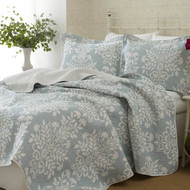 100% Cotton King size 3-Piece Coverlet Quilt Set in Blue White Floral Pattern LRQK116486
