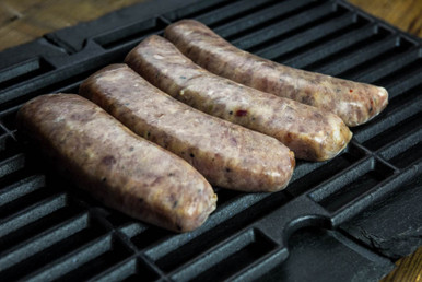 This product ships 4, 4 oz. links per pack. All of our artisan sausages are hand-crafted in small batches on our farm. All of our sausages are packed in natural pork casing. Delicious pork sausage made with no sugar and few ingredients. If you love the taste of pork done simply, this is a perfect sausage for you.