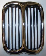 BMW 2002 Center Grille 1974-76