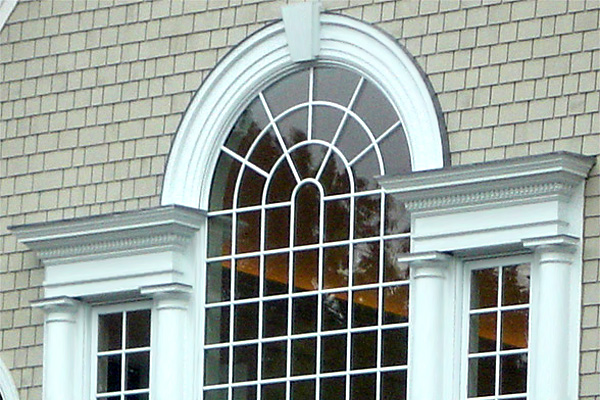 decorative arch and 13 inch crosshead with dentil