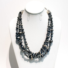 Large Navajo Pearl Necklace
