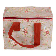 There is no denying that the lunch bag is the new lunch box. Functional and fun, it's perfect for storing food for on the go. Coming in the vintage floral and utterly elegant Lady Vivienne print, this lunch bag is perfectly pretty.  •Dimension - 15 x 20.5 x 13 cm •Material - Woven, Nylon Webbing, Aluminum Foil •Colour - Brown/Beige, Red