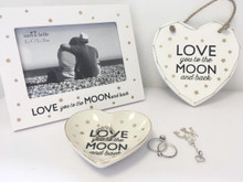 Love You to the Moon and back  Pack 3 Gifts