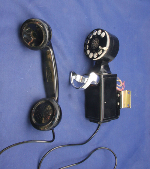 211 type Space Saver with dial and F type handset